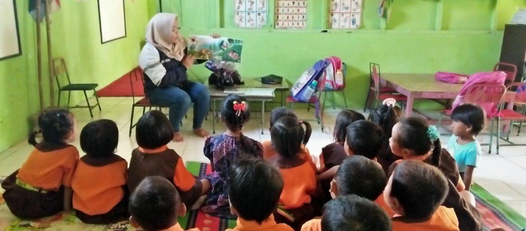 Edukasi Pentingnya Sastra Anak (Dongeng) terhadap Perkembangan Anak